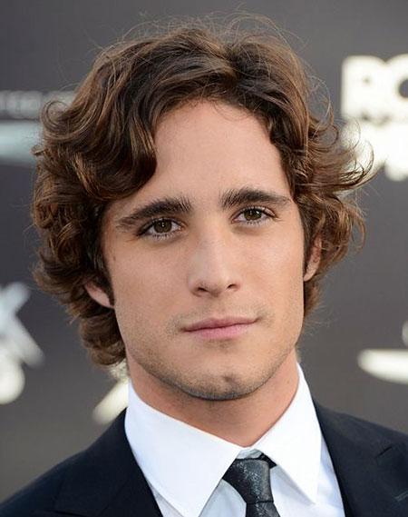 Mens Hairtyle for Curly Hair, Curly Hair Length Medium